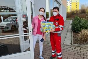 Velikonoční nadílka doputovala také dětem v nemocnicích a seniorům na Orlicku
