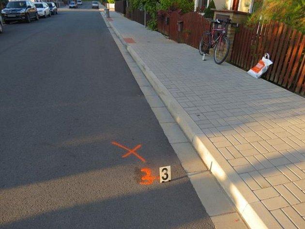 Z místa havárie cyklisty.