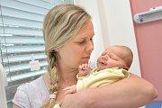 Bartoloměj Marek je dalším dítětem do rodiny Šárky a Daniela ze Zářecké Lhoty. Chlapeček se narodil 19. 6. v 22.10 hodin, vážil 3,89 kg a radost z něj mají i sestry Lada, Alena a Josefína.