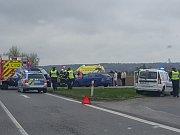 Nehoda tří vozidel za Vysokým Mýtem.