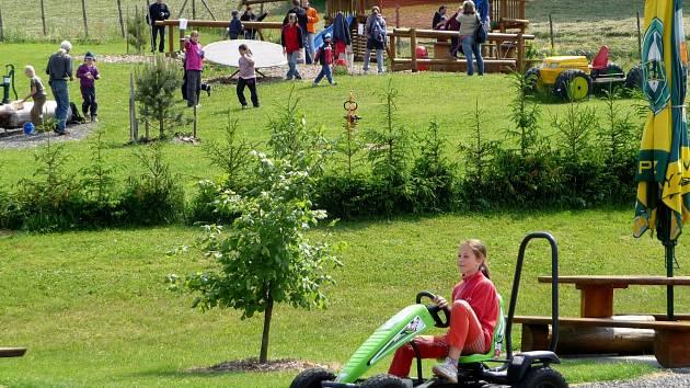 PINGUin park v Přívratu.