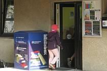 Bibliobox u Městské knihovny v České Třebové.