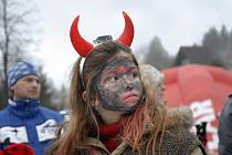Tradiční karneval na lyžích i bez nich uspořádal v sobotu v Čenkovicích českotřebovský Ski klub.