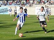 Fotbalisté Ústí nad Orlicí porazili v pátečním utkání ČFL Domažlice 3:0.