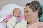 Laura Kalousová je prvním dítětem Ivy a Romana z Klášterce nad Orlicí. Když se 5. 12. v 7.49 hodin narodila, vážila 3,06 kg.