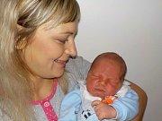 Ondřej Hajzler je po Matějovi druhý syn Zuzany a Petra ze Žichlínka. S váhou 4240 g se narodil dne 21. 10. v 6.46 hodin.