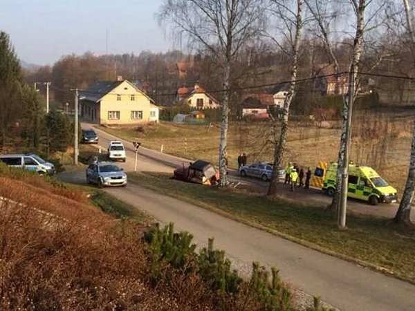 Havárie kradeného traktoru vDolní Dobrouči.