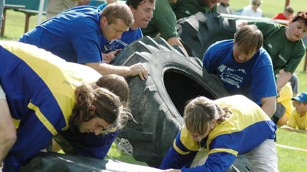 Her bez katastru se zúčastnilo dvacet pětičlenných týmů, které plnily různé úkoly.