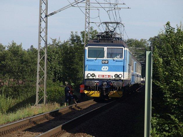 Tragická nehoda na železničním přejezdu vLetohradu.