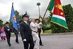 Pustina na Vysokomýtsku představila znak a prapor obce i sboru dobrovolných hasičů.