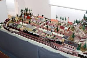 K výročí  provozu železniční trati z Brna do České Třebové vyšla nová kniha.