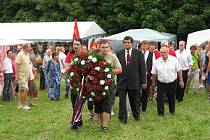 Z Přátelského setkání Čechů, Moravanů a Slováků u zemské hranice.