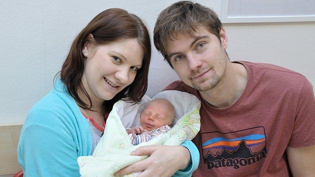 Filip Šlahora, tak pojmenovali syna Lucie Mačátová a Jan Šlahora z Jablonného nad Orlicí. Narodil se 4. 12. v 21.18 hodin a vážil 2,5 kg.