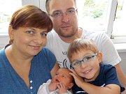 Emílie Šebrlová je po Péťovi druhé dítě Lenky a Petra z Hradce Králové. Narodila se s váhou 3400 g dne 14. 6. v 7.51 hodin.
