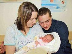 Natálie Andělová, tak se jmenuje první dcera Jany Neugebauerové a Miroslava Anděla z Lanškrouna. Když se 3. února v 17.39 narodila, vážila 3,375 kg.