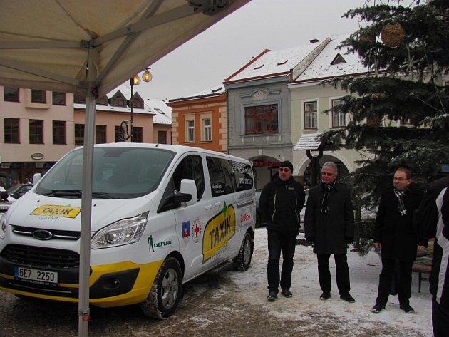 Předání Taxíku Maxíku vÚstí nad Orlicí.