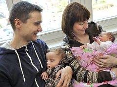 Rosalie Doubravová rozšířila 19. března v 15 hodin rodinu Anny a Michala z Litomyšle, kde už mají syna Vojtíka. Holčička vážila 2,56 kg.