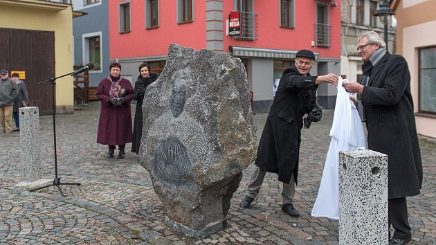 Odhalení pomníku Gustava Habrmana v České Třebové.