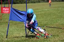 Král travního lyžování! Světovou juniorskou jedničkou je jednoznačně závodník z Českých Petrovic Martin Barták. Vytyčil si cíl získat čtyři zlata a do puntíku ho splnil.