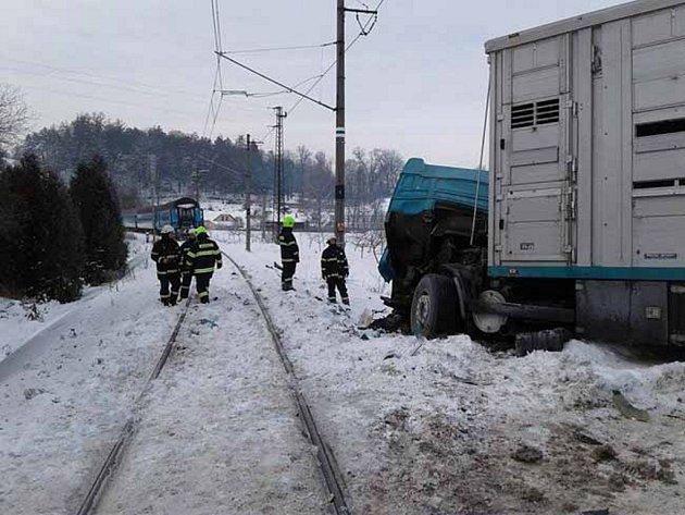 Nehoda na přejezdu vLetohradu.