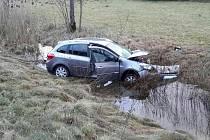 Dopravní nehoda dvou osobních automobilů v Damníkově.