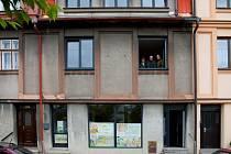 Domov pod hradem Žampach pro své klienty připravuje chráněné bydlení i obchůdek.