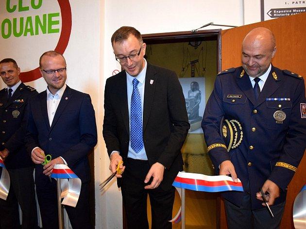 Z otevření nové expozice celnictví v Králíkách.