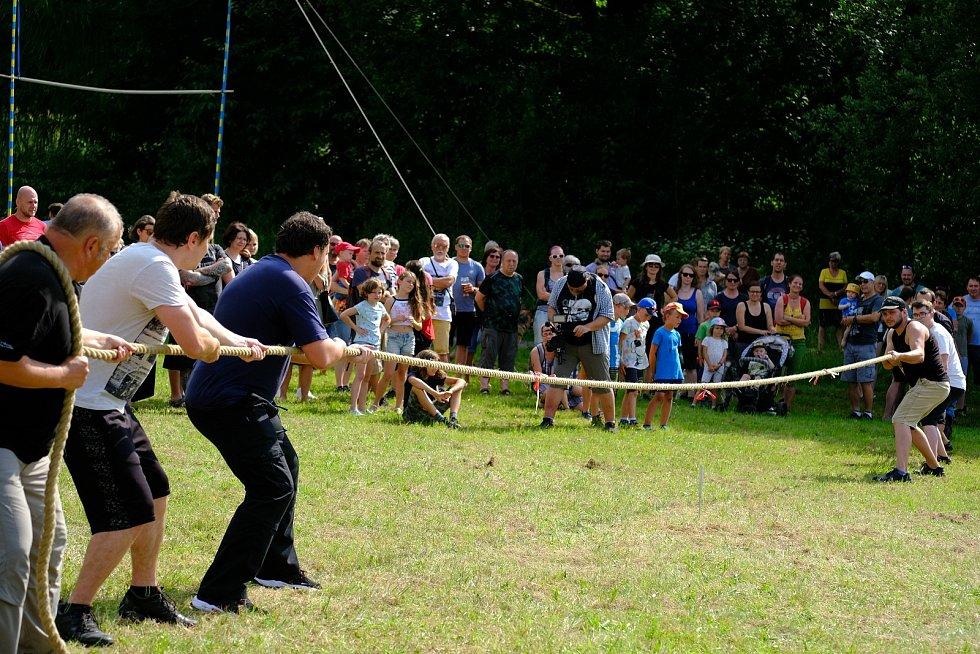 Highland games patří k nejstarším tradicím Skotska. Počátek her lze nalézt již v druhé polovině 11. století.