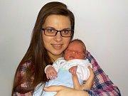 Tomáš Adámek je prvorozený syn Lucie a Luboše z Kostelce nad Orlicí. Když se 30. 12. v 2.10 hodin narodil, tak si přinesl váhu 3430 g.