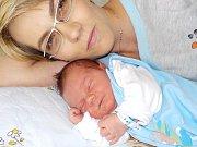 Petr Kaplan bude po Zuzance těšit rodiče Kateřinu Hubáčkovou a Petra Kaplana z Líšnice. S váhou 3886 g se narodil dne 16. 9. v 21.54 hodin.