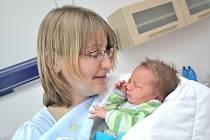 Šimon Borek je první radostí pro Annu a Filipa z České Třebové. S váhou 3170 g se narodil 15. 5. v 10.21 hodin.