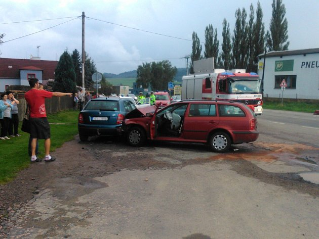Nehoda v Českých Libchavách.