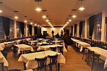 Z otevření tanečního sálu Vonwillerovy továrny (bývalé Mosilany) v Žamberku.