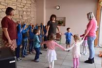 Mateřská škola v Hrušové oslavila 70. výročí založení.