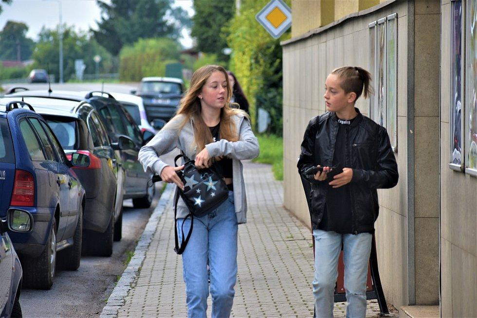 První školní den dětí ze Základní školy Libchavy.