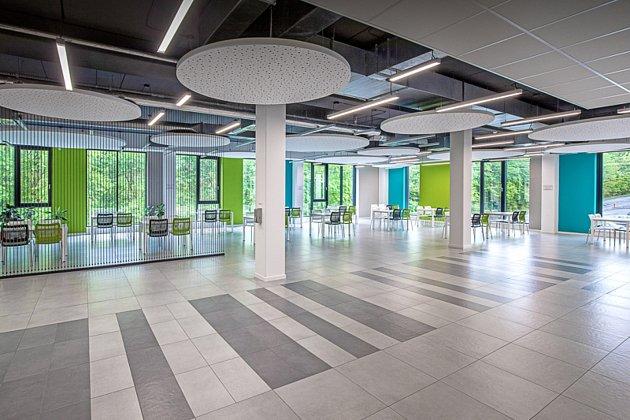 Odborná porota soutěžní přehlídky Stavba roku 2020nominovala do finále iprovozní areál společnosti Techplast vČeské Třebové.