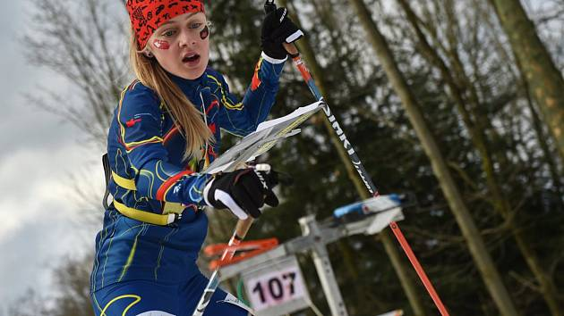 Mladí sportovci při olympijském klání.
