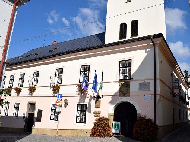 Radnice v Ústí nad Orlicí. Ilustrační foto.