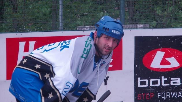 R. Ondráček