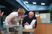 Setkání se shakespearologem Martinem Hilským v knihovně