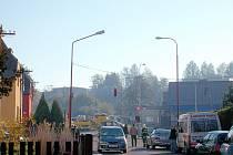 Na křižovatce ulic Cihlářská a Královéhradecká v Ústí nad Orlicí zasahoval vrtulník, přilétl pro sraženou chodkyni.
