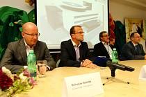 Předseda vlády Bohuslav Sobotka navštívil Orlickoústeckou nemocnici.