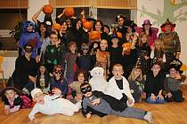 Halloweenské setkání v nových prostorách Mateřského centra Rosa.