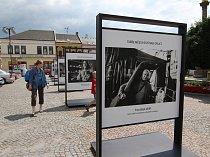Výstava Tváře města na náměstí v Ústí nad Orlicí.