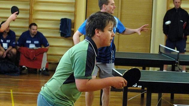 Do Hylvát letos přijelo na jarní turnaj dvacet devět stolních tenistů z Pardubického kraje.