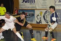 FK Era-Pack Chrudim – 1. FC Nejzbach Vysoké Mýto 10:2 (4:1).