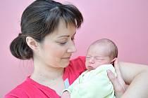 Jan Brábník je prvním synem Lenky a Lukáše z Horní Čermné. Chlapeček se s hmotností 3,160 kg narodil 2. listopadu v 18.05.