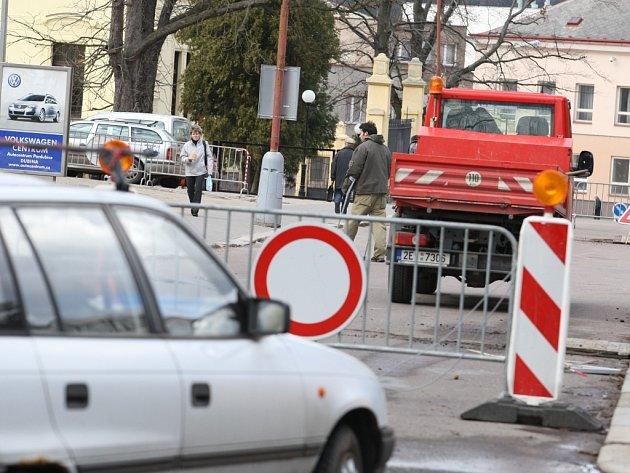 Uzávěra Smetanovi ulice v Ústí.