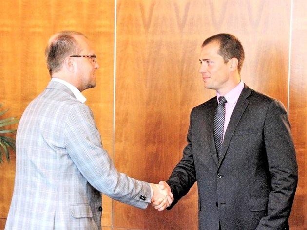 Ředitelem technické školy v České Třebové byl jmenován Jan Kovář.