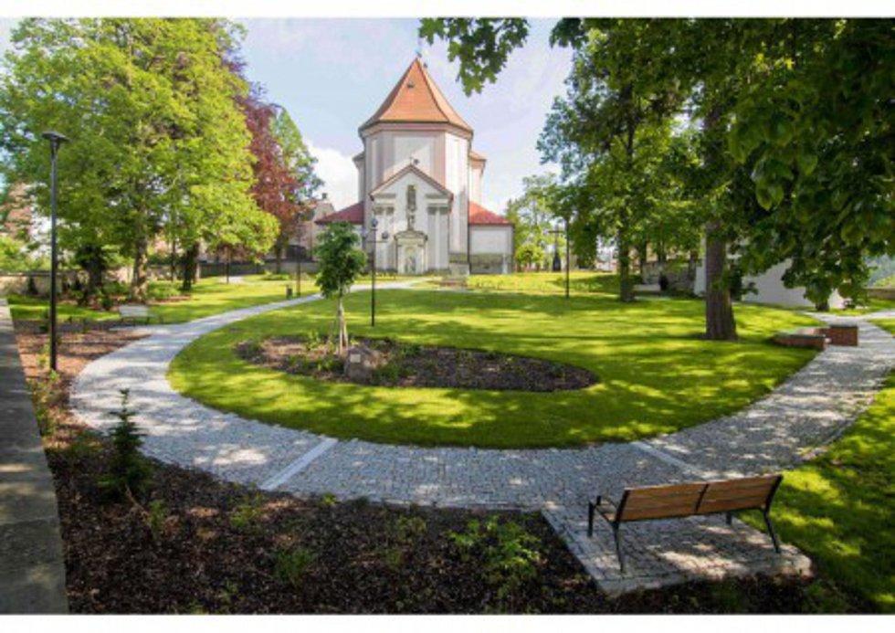 Revitalizace centra městské památkové zóny, PARK U KOSTELA Nanebevzetí Panny Marie, Ústí nad Orlicí